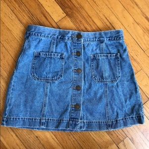 Forever 21 90's jean button up skirt, Size 27
